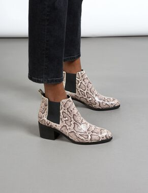 LOW PATENT SNAKE BOOTS