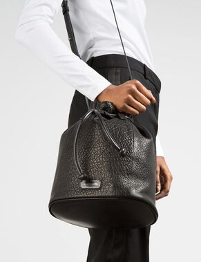 GRAINY LEATHER BAG