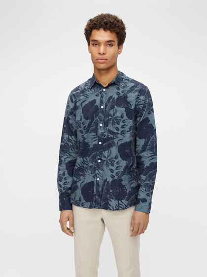 SEASONAL PRINT REGULAR FIT SHIRT