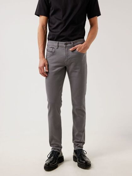 JAY SOLID STRETCH JEAN