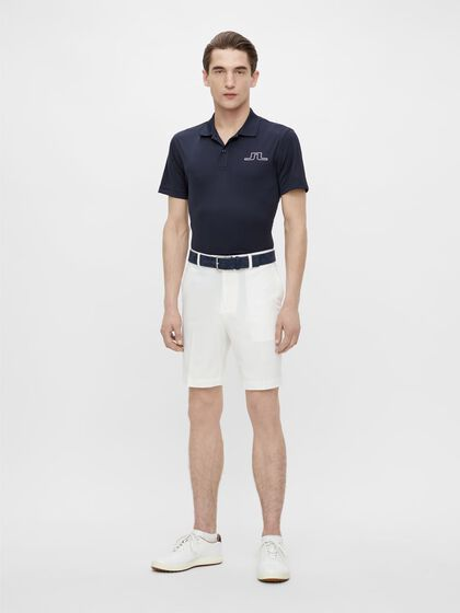 VENT TIGHT GOLF SHORTS